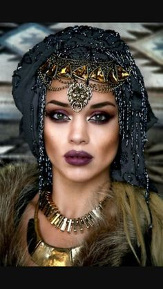 Gypsy, bohemian, boho☮ style, fashion, clothes, jewelry, feathers