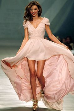 Miranda Kerr on the runway in Mexico