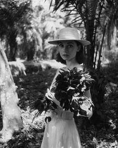 Audrey Hepburn photographed by Leo Fuchs on location for 'The Nun's Story'. This is just one of several photos lent to National Portrait Gallery by Audrey's sons Sean Hepburn Ferrer and Luca Dotti for the upcoming 'Audrey Hepburn: Portrait Of An. Style Audrey Hepburn, Aubrey Hepburn, Audrey Hepburn Photos, Young Audrey Hepburn, My Fair Lady, Hollywood Stars, Old Hollywood, The Nun's Story, Family Photo Album
