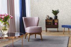 szőnyegkollekció! Pihe-puha, selymesen lágy kényeztetés a talpnak, ami egyben a nappali vagy a hálószoba középpontja is lehet. Selection kollekciónk különleges darabjai egyedileg rendelhetőek, a termékeket vásárlói megrendelés alapján biztosítjuk Best Paint Colors, Room Paint Colors, Paint Colors For Living Room, Paint Colors For Home, Vinyl Wood Flooring, Wood Vinyl, Plank Flooring, Floors, Oak Color