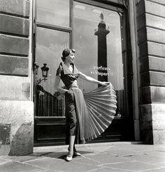 1930's fashion model in Paris  -