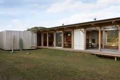 http://herbstarchitects.co.nz/compson-bach/