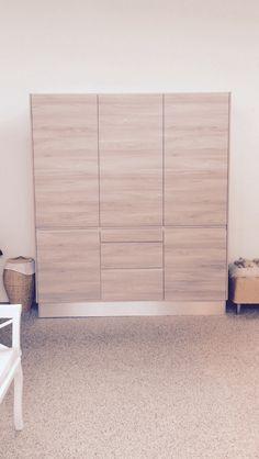 Designa garderobe Divider, Room, Furniture, Home Decor, Bedroom, Decoration Home, Room Decor, Rooms, Home Furnishings