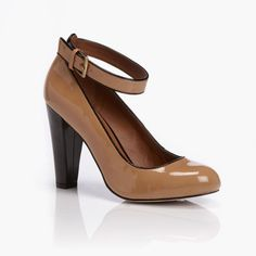 Crawford Ankle Strap Court - Must Have!