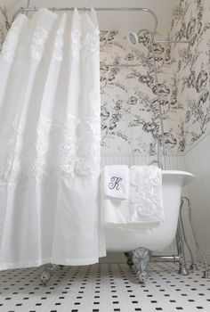 Stunning And Contemporary Victorian Decorating Ideas - This is my bathroom and curtains, but think I would still go with pink toile wallpaper. Modern Victorian Decor, Victorian Design, Victorian Homes, Victorian Cottage, Victorian Shower Curtains, Victorian Bathroom, Do It Yourself Decoration, Bathroom Wallpaper, Toile Wallpaper
