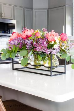 Add some sweet fragrance to your home with this easy peony and lilac arrangement! Peony Arrangement, Table Arrangements, Floral Arrangements, Beautiful Flowers, Fresh Flowers, Painting Shower, Centerpieces, Table Decorations, Flower Vases