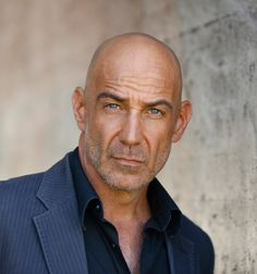David Dayan Fisher, Actor: The Dark Knight Rises. Born and raised in North… Famous Bald Men, Bald With Beard, Thick Beard, Bald Man, Moustache, Bald Men Style, Men With Grey Hair, Shaved Head, Mature Men