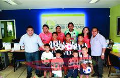 Los hermanos Canul siguen apoyando el deporte en Solidaridad a trav�s de VIAJES X EL MUNDO