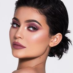 "459.1k Likes, 1,515 Comments - Kylie Cosmetics (@kyliecosmetics) on Instagram: ""Hello @kyliejenner Eyes: New Year New Me, The New Black, & Midnight from the Birthday Book…"""