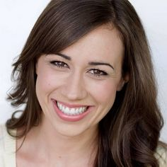 MOST AMAZING YOUTUBER EVER!! Her name is Colleen Ballinger, or some of you might know her as her youtube personality, Miranda Sings. Watch and suscribe to her!
