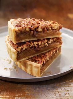 Pecan and maple pie, Köstliche Desserts, Delicious Desserts, Dessert Recipes, Yummy Food, Pie Recipes, Cooking Recipes, Family Recipes, Pecan Pie Bars, Sweet Pie