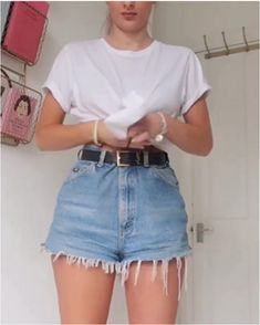 summer outfits women over 40 ; summer outfits plus size ; Trendy Summer Outfits, Short Outfits, Casual Outfits, Outfit Ideas Summer, Mom Jeans Outfit Summer, Diy Outfits, Summer Fashions, Grunge Outfits, Dress Casual