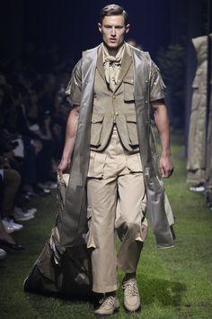 Moncler Gamme Bleu Spring 2017 Menswear Collection Photos - Vogue