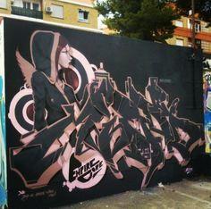 MIEDO Graffiti Wall Art, Graffiti Drawing, Graffiti Alphabet, Graffiti Artists, Mural Art, 3d Street Art, Street Art Graffiti, Graffiti Characters, Font Art
