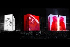 Es Devlin is a Stage Designer. She creates kinetic sculptures meshed with light and film for opera, dance, film, theatre, runway shows and concerts. Beyonce Formation Tour, Award Tour, Es Devlin, Concert Stage Design, Urban Ideas, Theatre Design, Stage Set, Set Design, Design Ideas