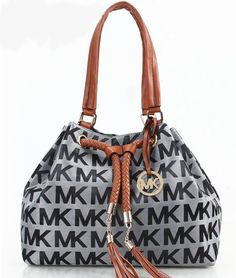 For many women, purchasing an authentic designer bag is just not something to hurry straight into. Since these bags can be so high priced, women usually agonize over their selections before making an actual handbag acquisition. (Re:Stylish Duffle bag. Michael Kors 2015, Michael Kors Satchel, Michael Kors Shoulder Bag, Handbags Michael Kors, New Handbags, Fashion Handbags, Fashion Bags, Womens Fashion, Ladies Fashion