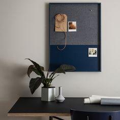 Designer Pinnwand Magnettafel Frame Blue von Ferm Living, 229,00 &eur