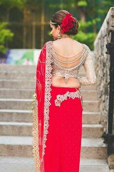 25 Attractive Designer modern saree blouse design and pattern Saree Blouse Neck Designs, Saree Blouse Patterns, Fancy Blouse Designs, Designer Blouse Patterns, Bridal Blouse Designs, Modern Saree, Stylish Blouse Design, Indian Outfits, Indian Dresses
