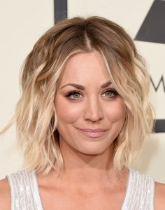 More Pics of Kaley Cuoco Short Wavy Cut (2 of 15) - Short Hairstyles Lookbook - StyleBistro