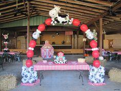 farm theme party - New Deko Sites Party Animals, Farm Animal Party, Farm Animal Birthday, Barnyard Party, Farm Birthday, 2nd Birthday Parties, Birthday Ideas, Cowboy Birthday, Farm Party Decorations