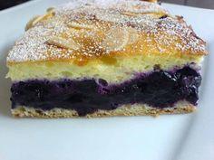 NapadyNavody.sk | Jednoduchý, ale famózny čučoriedkový koláč s tvarohovou plnkou