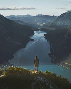 Me gustaría ser esa persona que puede mirar ese lugar y que no necesite ser eterno para que sea hermoso. Eso es vivir el momento.