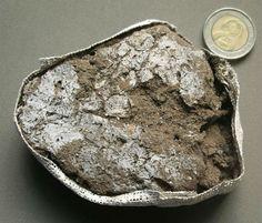 Oldest Mattress (77,000 years old)
