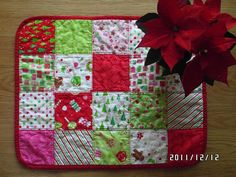 Christmas patchwork table center red green pink