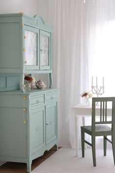 Shabby Chic Metallstuhl in weiß | Products, Shabby chic and Sessel