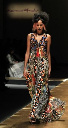 African fashion - I <3 these flowing fabrics!