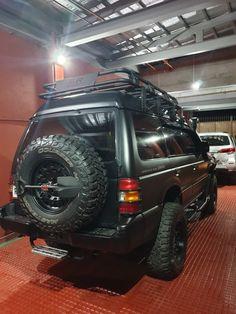 Mitsubishi Suv, Montero 4x4, 2001 Jeep Cherokee, Overland Truck, Grand Vitara, 4x4 Off Road, Expedition Vehicle, Roof Rack, Cool Trucks