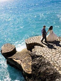 Thinking of planning a destination wedding? Our destination wedding guide has everything you need to plan your big day. Find the perfect wedding location and venue, and find expert destination wedding planning advice before you walk down the aisle. Amazing Destinations, Vacation Destinations, Wedding Destinations, Vacations, Destination Wedding Decor, Wedding Planning, Jamaica Wedding, Negril Jamaica, Honeymoon Spots