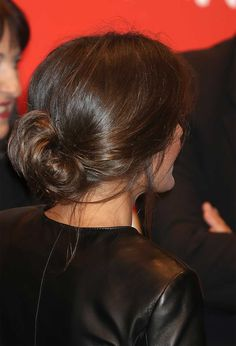 Queen Letizia, low bun oct 2018