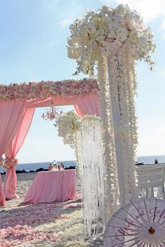 Beach wedding in pink & white.