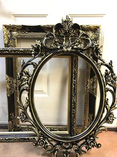 Wedding Picture Frame Photo Prop ORNATE FRAME, Black with Gold Baroque Oval Frame, Shabby Chic, Vintage Style Large Frame