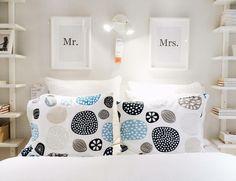 Dois lados do mesmo sono.  #cama #quarto #roupadecama #lençóis #fronhas #decoração #inspiração #ikeaportugal