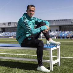 Lucas Vazquez #realmadrid #adidas Lucas Vazquez, Equipe Real Madrid, Real Madrid Players, Champion, Soccer, Football Players, Spain, Europe, Adidas