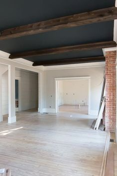 If you have a basement with a low ceiling, you may need some basement ceiling ideas to make it look higher. Some basement design has a standard high of a ceiling but it also feels a bit low for some… Low Ceiling Basement, Dark Ceiling, Shiplap Ceiling, Basement Carpet, Basement Stairs, Basement Flooring, Ceiling Beams, Drop Down Ceiling, Kitchen Ceilings
