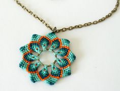 Mandala flower pendant macramè green orange boho