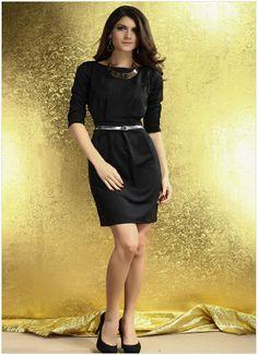 Sexy Black round neck half sleeve dress