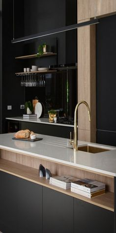 The Block Apartment One - Karlie & Will - cuisine ouverte îlot central Kitchen Decor, Kitchen Inspirations, Kitchen Style, House And Home Magazine, Kitchen Interior, Home Kitchens, Home, Interior, Kitchen Remodel