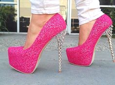 """OW! Oh my...come """"pink"""" me heels! Ugh I'm in love with these!! ❤❤❤"""