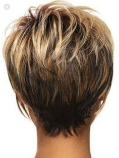 46 Ideas for hair color highlights and lowlights short cuts haircolor Natural Hair Styles For Black Women, Short Hair Cuts For Women, Short Cuts, Pelo Pixie, Short Hair With Layers, Hair Color Highlights, Great Hair, Hair Today, Hair Dos