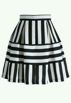 Playful Stripes A-line Skirt - Skirt - Bottoms - Retro, Indie and Unique Fashion Stripe Skirt, Pleated Skirt, Dress Skirt, Unique Fashion, Womens Fashion, Fashion Fashion, Diy Mode, Led Dress, Formal Skirt