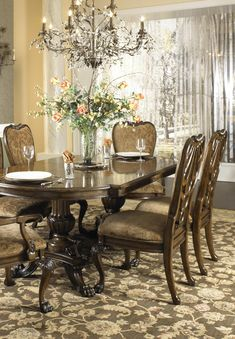 Just How 10 Top Professionals Do a Formal Dining Room - Dova Home Cheap Furniture, Furniture Design, Dream Home Design, House Design, Furniture Inspiration, Design Inspiration, Home Goods Decor, Home Decor, Dining Chairs