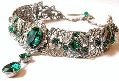 Emerald Swarovski Crystal Choker Victorian by LeBoudoirNoir