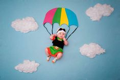 New Ideas For New Born Baby Photography : Младенцы Newborn Photography Poses, Newborn Baby Photography, Photography Outfits, People Photography, Photography Props, Foto Newborn, Baby Boy Newborn, Newborn Posing, Cute Baby Pictures
