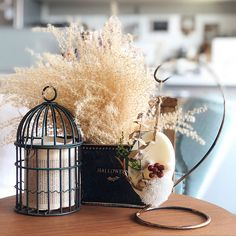 Classy Wallpaper, Miscellaneous Goods, Room Interior, Room Decor, Bulb, Candles, Table Decorations, My Favorite Things, Mirror