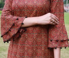Double Up Sleeve Designs Indian Ethnic Pakistani Outfits Indian Wear Indian Designer Wear Outfit Of The Day Dress Patterns Gowns Kurti Sleeves Design, Sleeves Designs For Dresses, Kurta Neck Design, Dress Neck Designs, Sleeve Designs, Blouse Designs, Salwar Designs, Kurta Designs Women, Kurti Designs Party Wear
