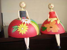 bailarina em cabaça com acabamento em biscuit by o sucesso da sua festa começa aqui!, via Flickr
